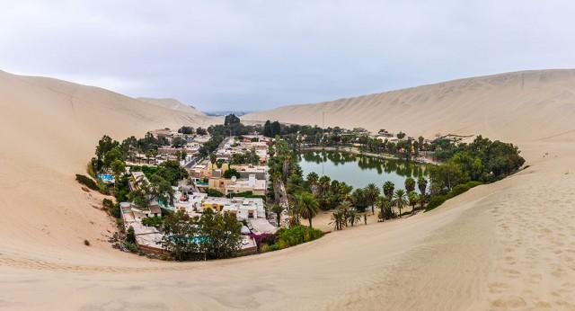 Huacachina-The Beautiful Small Village Built Around Peruvian Desert Oasis--2