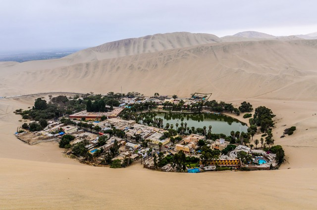 Huacachina-The Beautiful Small Village Built Around Peruvian Desert Oasis--6