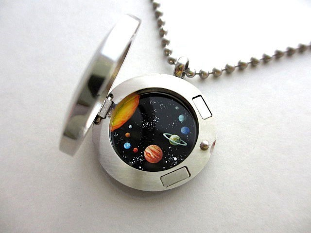 This Amazing Jewlry Contains Meticulous Cosmos Paintings Of Our Beautiful Universe--7