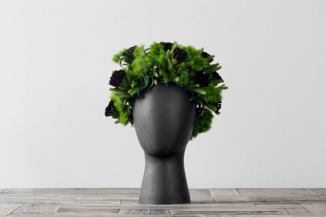 These Head-Shaped Vases Transform Your Floral Arrangements Into Majestic Wigs-