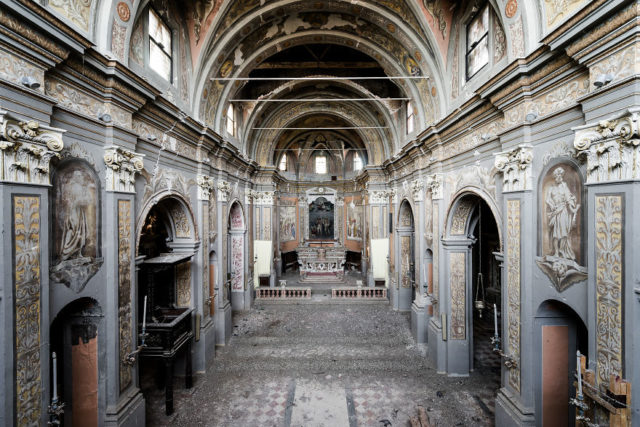 Crazy Beautiful Church In Italy