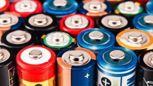 Device Charges 140 Smartphones Using Used Batteries 2