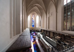 A Fifteenth Century Gothic Cathedral Transformed Into A Big Library-8