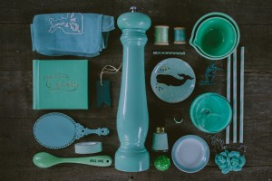 An artist Uses Matching Colors To Give A Dazzling Look To Everyday Objects-14