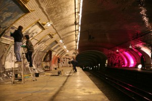 Visit The Amazing Abandoned Ghost Metro Stations Of Paris-1