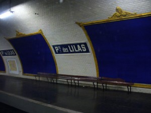 Visit The Amazing Abandoned Ghost Metro Stations Of Paris-19