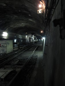 Visit The Amazing Abandoned Ghost Metro Stations Of Paris-7