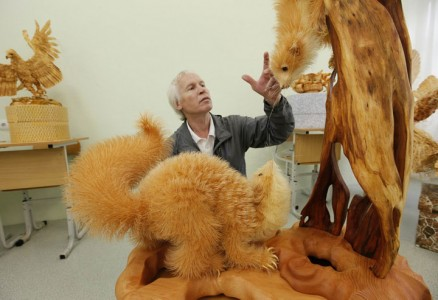 Amazing Lifelike Wooden Sculptures Made By russian sergei-3