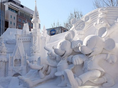 Awesome Ice Sculptures That Will Make Traditional Snowman Jealous-