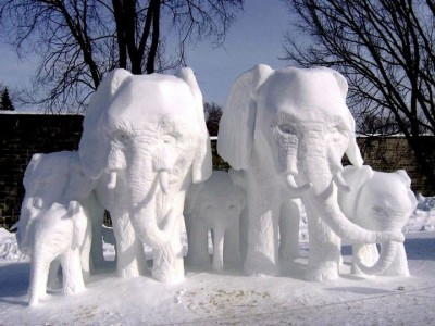 Awesome Ice Sculptures That Will Make Traditional Snowman Jealous-15