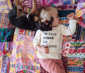 Jessica A stunning Series Of Photograph Immortalizes The Friendship Between A Baby And A Puppy-10