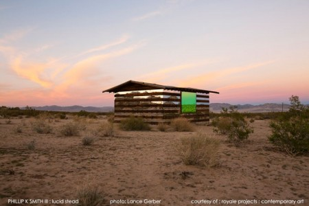 High Desert: An Invisible Hut In The Middle Of The Californian Desert-10