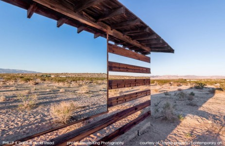 High Desert: An Invisible Hut In The Middle Of The Californian Desert-6