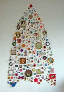 Most Wacky And Non-Traditional Christmas Trees -7