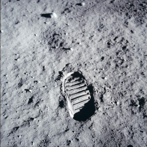 1407 unpublished photos of the Apollo 11 mission Flight to moon after more than 40 years by NASA-12