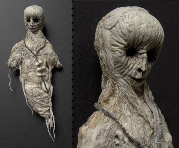 Terrifying Dolls Will Surely Frighten Naughty Kids-11