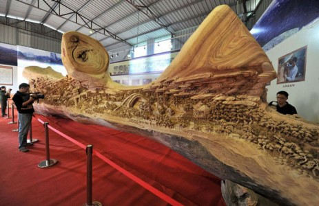 An Artist Makes World's Most Spectacular And Longest Wooden Sculpture-6
