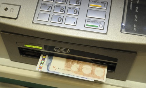 End Of Update To Windows XP Makes 95% of ATMs Worldwide Vulnerable To Piracy -1