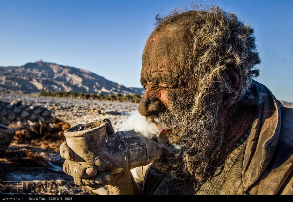 Meet Amoo: An Iranian Who Has Not Taken A Bath Since 60 Years-4