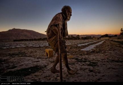 Meet Amoo: An Iranian Who Has Not Taken A Bath Since 60 Years-6
