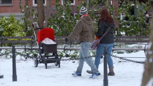 Devil Due-An Abominable Baby Terrorizes The Passers-by In The Streets Of New York-3