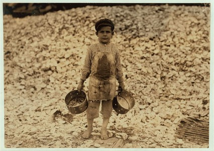 20 Photographs Showing The Child Labor Conditions In Early Twentieth Century-14