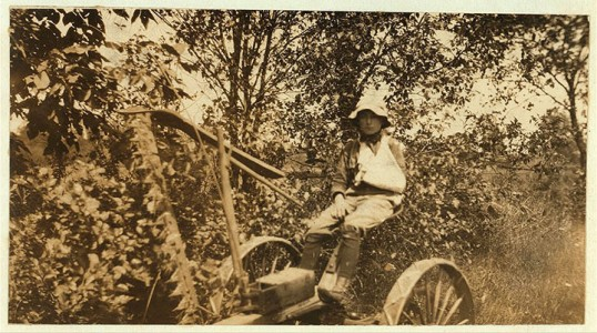 20 Photographs Showing The Child Labor Conditions In Early Twentieth Century-17