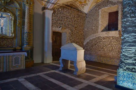 Top 14 Creepy Monuments Erected With Human Bones And Skulls-20