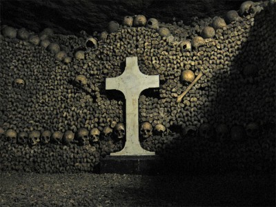 Top 14 Creepy Monuments Erected With Human Bones And Skulls-6