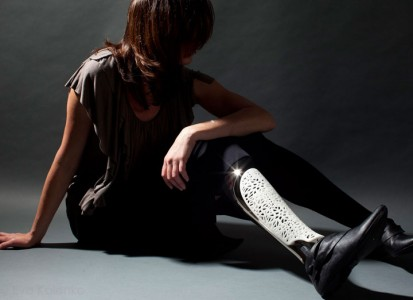 Custom Leg Prosthesis Designs For The Fashionable Amputees-5