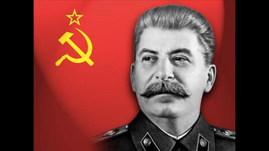 The Literary Taste Of History's 4 Most Notorious Dictators-1