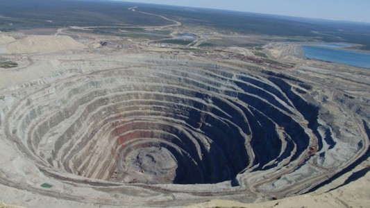The Top 15 Most Impressive/strange Craters On the surface of Earth-4