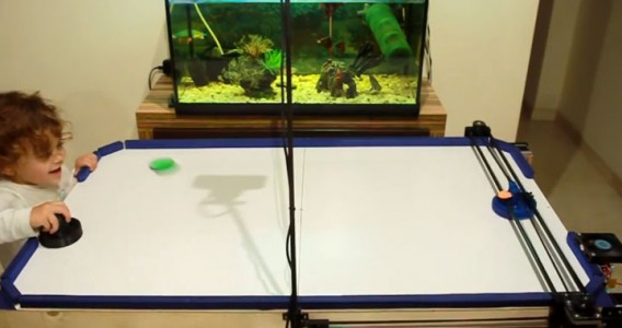 A Passionate Of Air Hockey Turns 3D printer Into A Ruthless Robotic Opponent-4