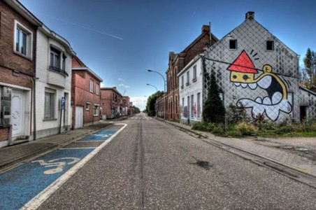 An Abandoned Flemish City Becomes A Giant Canvas Dedicated To Street Art (Photo Gallery)-