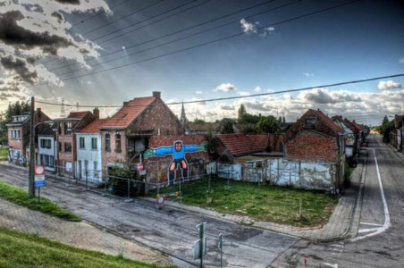 An Abandoned Flemish City Becomes A Giant Canvas Dedicated To Street Art (Photo Gallery)-13
