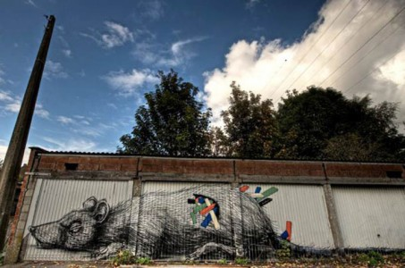 An Abandoned Flemish City Becomes A Giant Canvas Dedicated To Street Art (Photo Gallery)-17