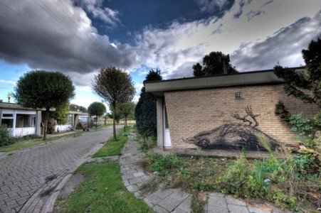 An Abandoned Flemish City Becomes A Giant Canvas Dedicated To Street Art (Photo Gallery)-18