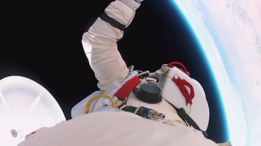 Experience Of World's Highest Jump As If You Were There -1