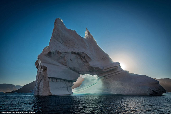Greenland : Discover The Impressive Icebergs Sculpted By Nature With Beauty-4
