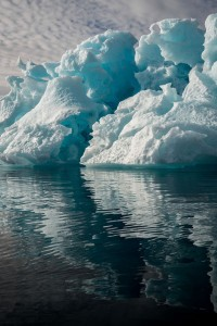 Greenland : Discover The Impressive Icebergs Sculpted By Nature With Beauty-6