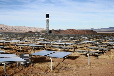 Ivanpah Solar Electric Generating System-World largest power plant can power 140000 homes-1