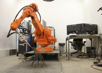 MX3D-Metal 3D Printer Can Now Print Self Supporting Metal Sculptures-1