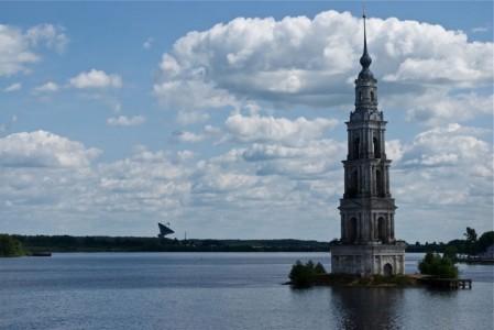 Abandoned churches around the world-2