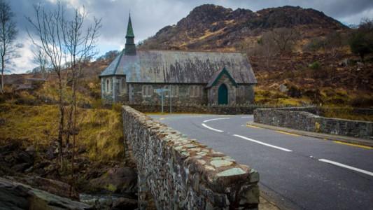Abandoned churches around the world-7