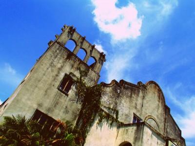 Abandoned churches around the world-8