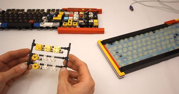 A Passionate Builds A Fully Functional Computer Keyboard With LEGO-7