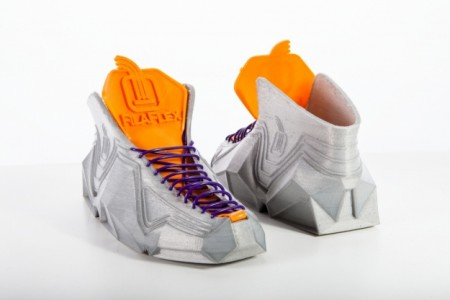 Sneakerbot-A Flexible Pair of Sneakers Made Using 3D Printing Can Even Fit In Your Pocket-1
