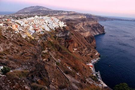 The real surroundings Of Famous Tourist Destination Monumentsstcard-23