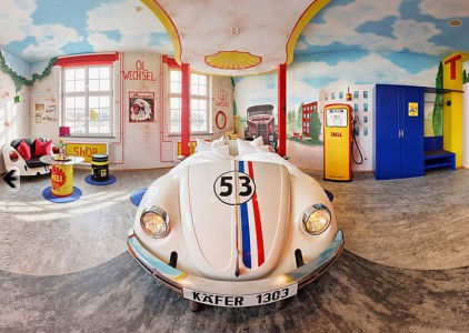 V8 Hotel-A Hotel Dedicated To Automobiles Lets You Sleep In The Most Comfortable Cars (Photo Gallery)-
