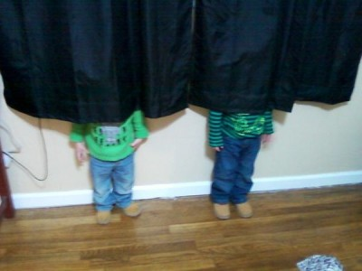 Top 20 Children Playing Hide and Seek Really Badly -2